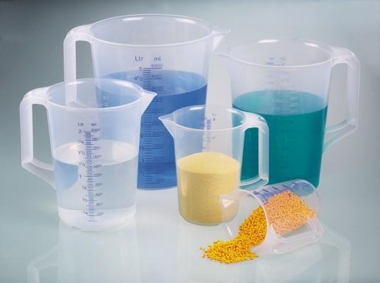 Ca nhựa chia vạch có tay cầm 500 ml
